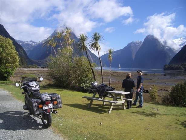 94--te-anau-milford- Route Photo
